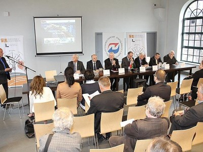 Konferencja w Katowicach z udziałem Ambasadora Białorusi